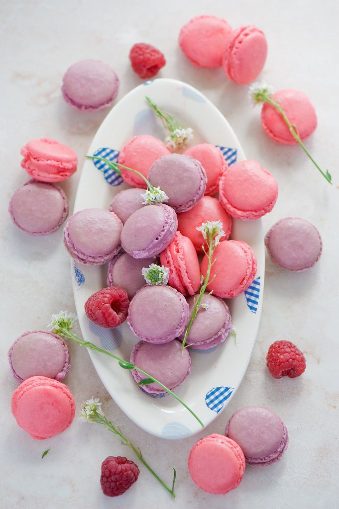 Macarons, I see these everywhere... I need to try one at some time in my life.