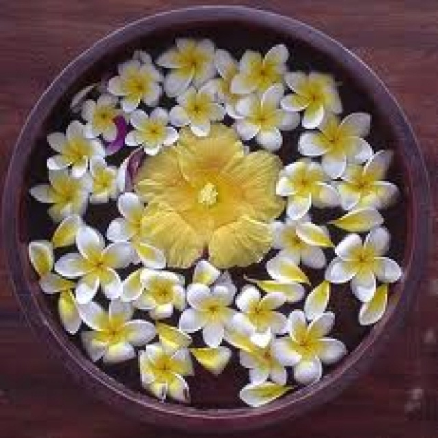 Thai flower bowl