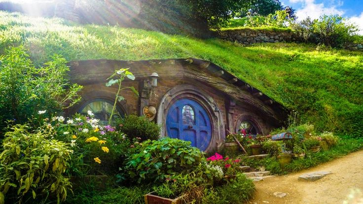 80 Years of The Hobbit  Jon Mackley reminisces on 80 years of the book that began the story of the Lord of the Rings.