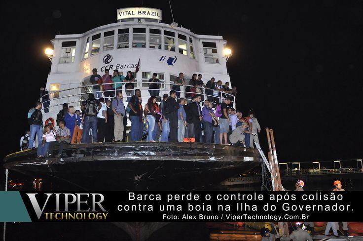 A Barca Vital Brazil que saiu do Centro do Rio em direção ao Bairro Cocotá na Ilha do Governador, encalha após colisão com uma boia de segurança ...  Leia mais em: http://www.vipertechnology.com.br/?p=6632