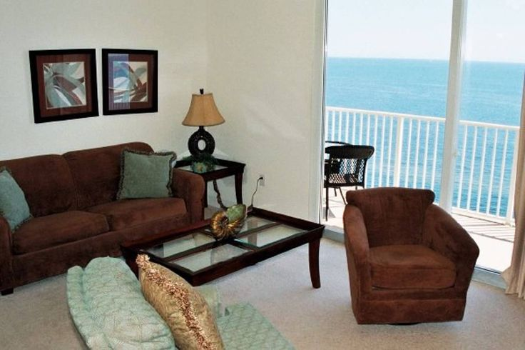 Condominium in Panama City Beach, United States. Come and experience the JOY of Panama City Beach! Tidewater Resort is a first class resort on the world's most beautiful beaches.  Yes we are on the beach not just a beach view! Be one of the first to enjoy this luxury condo book your Dates today!... - Get $25 credit with Airbnb if you sign up with this link http://www.airbnb.com/c/groberts22