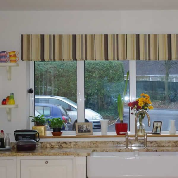 Large Roman Blind Fitted Outside The Recess Reveal 504 Jpg