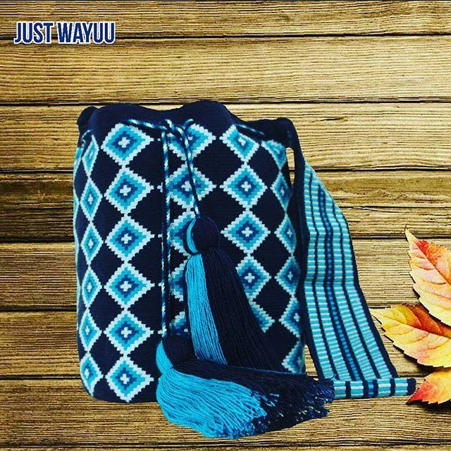 Handcrafted handbags made by indigenous wayuu in the north of Colombia. Worldwide shipping – envíos mundiales – PayPal WA +57 3188430452 #seoul #ootd #mochilas #wayuu #handmade #boho #hippie #bohemian #trendy #fashinista #australia #miami #Handgjord #Handgemacht #Handgemaakt #faitmain #london #australia #Fatto manamano #autumn #Netherlands #shopping #handcrafted #fashion #style #france #newyotk #Japan #california #miami #dubai #newyork