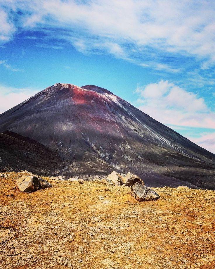 Mount Doom  #tongariroalpinecrossing #viewsfordays #kiwipics #kiwi_photos #nzmustdo #adventures #lotr #outdoors #travel #hike #nature  #volcano #amazing #love #mountngauruhoe #newzealand #whakapapa #airnz #theadventuresofjoandjake @tongariroexpeditions  @purenewzealand @_kiwipics @outdooradventurephotos @destinationnzm