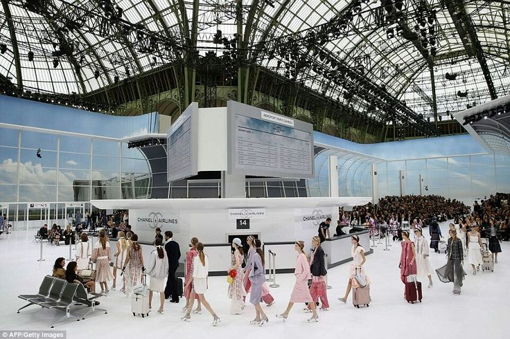 Kendall Jenner stars in Chanel's airport-themed Paris Fashion Week catwalk show | Daily Mail Online