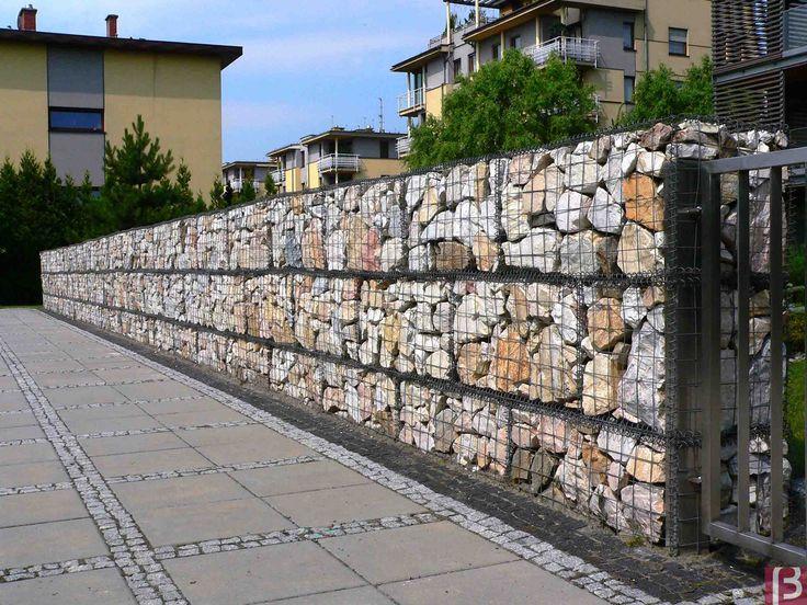 Betafence: Mur z koszy gabionowych