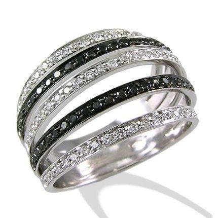 ANELLI DIAMANTI NERI Scopri tutti gli anelli con diamanti in neri realizzati nei laboratori orafi italiani in vendita online su Toringioielli.com Vai al catalogo: http://www.torinogioielli.com/vendita-gioielli-online/diamanti-neri/