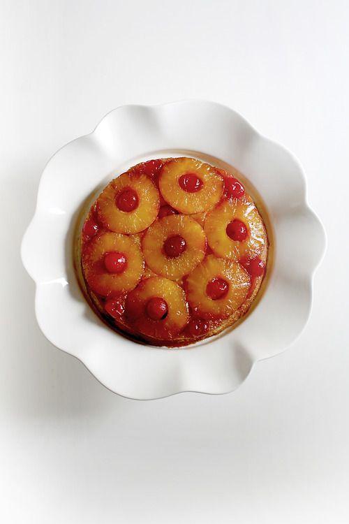 Pineapple Upside Down Cake: #recipe here => http://carrolluna.com/post/46594322961/pineapple-upsidedown-cake #cake #fruit #baking #citrus
