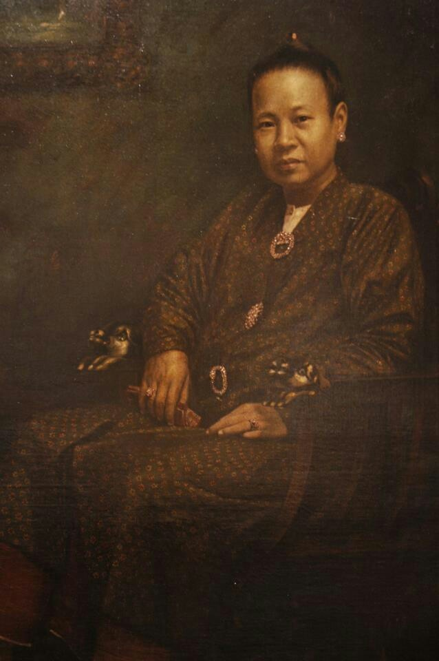 Portrait of a Malacca -Peranakan lady... My Great - Grand Aunt.