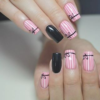 Another cute pink and black nail design. What do you ladies think about this one?