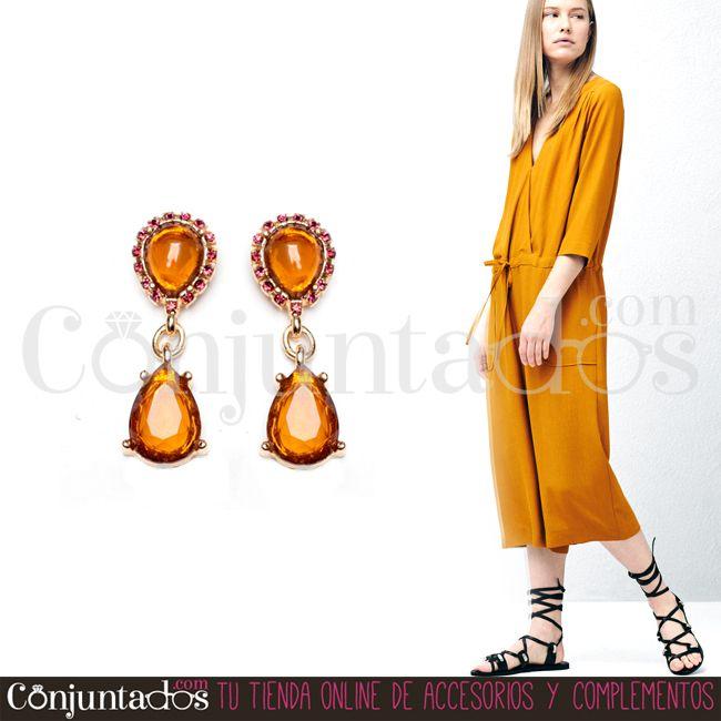 Completa tu #look con nuestros #pendientes de lágrima Ámbar, un discreto y elegante accesorio que dará el toque chic a tu #outfit ★ Precio: 6,95 € en http://www.conjuntados.com/es/pendientes-de-lagrima-ambar.html ★ #novedades #earrings #conjuntados #conjuntada #joyitas #jewelry #bisutería #bijoux #accesorios #complementos #moda #fashion #fashionadicct #picoftheday #estilo #style #GustosParaTodas #ParaTodosLosGustos