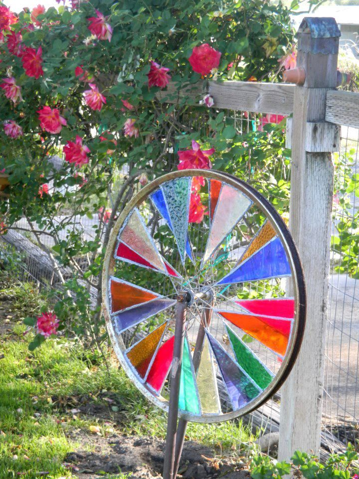 1000 images about bicycle wheel on pinterest gardens for Bike tire art