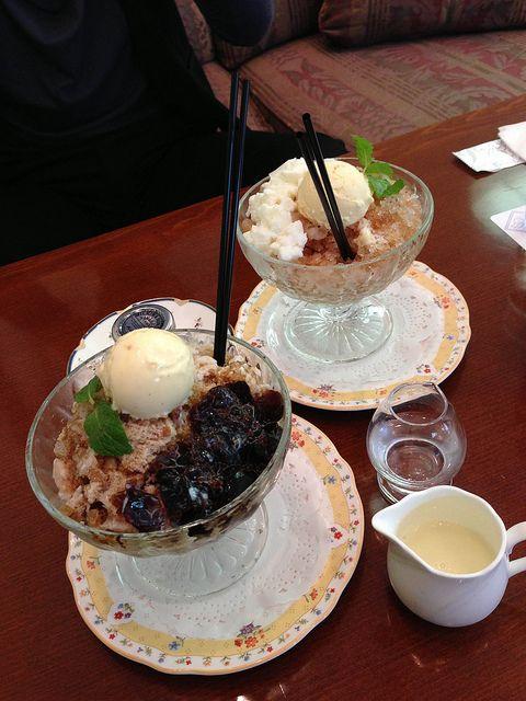 珈琲かき氷 と 紅茶かき氷