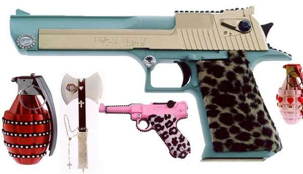 18 Weapons for Women - Girlie Guns and Other Forms of Feminine Self-Protection (CLUSTER)