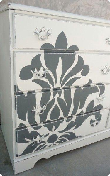 diy idea for bedroom... Would be nice in Caroline's room