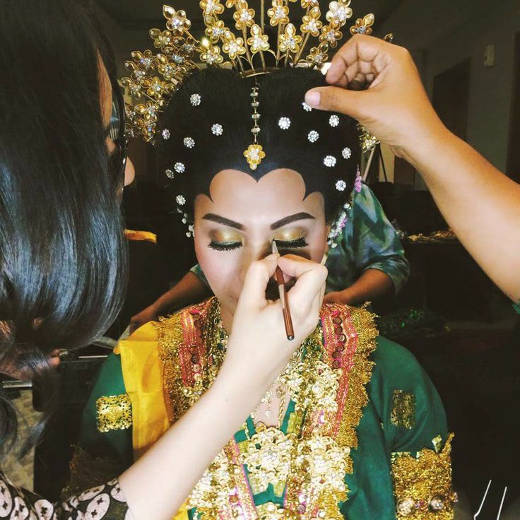Makassar traditional make up