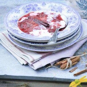 Image for Plommonkompott med vanilj- & kanelmjölk