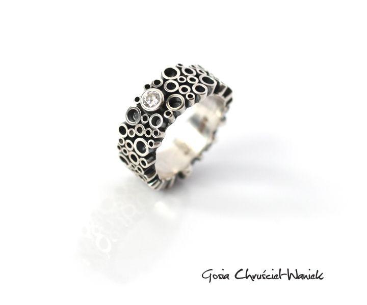 Pierścionek Tubes z białą cyrkonią / Gosia Chruściel-Waniek / Biżuteria…