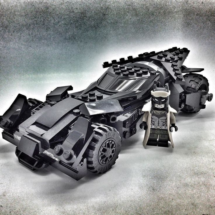 best 25 lego batmobile ideas on pinterest batcave lego. Black Bedroom Furniture Sets. Home Design Ideas