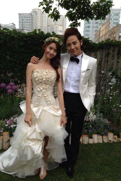 Love Rain's YoonA and Jang Geun Suk dazzle in their 'wedding photo' #allkpop