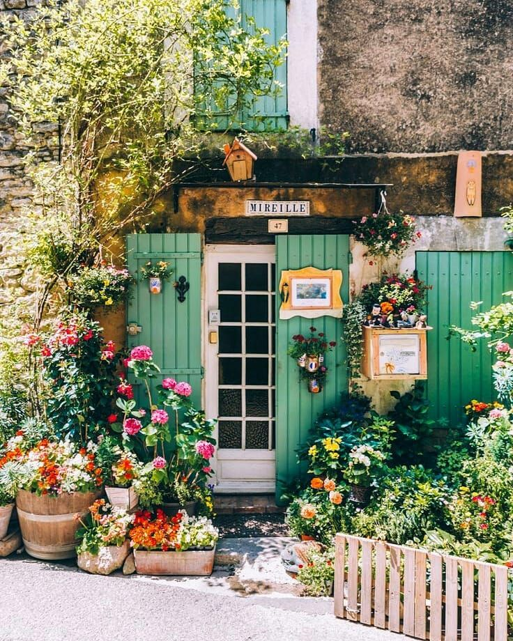 House Facade French Dream Homes Ideas Belle Photo, Facade, Beautiful Places, Scenery, Around The Worlds, Backyard, Landscape, Pictures, Flowers Garden
