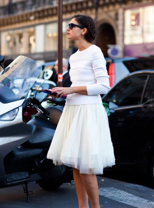 white on white.: Tutu Skirts, Full Skirts, Sweaters, Fashion, Tulle Skirts, Street Style, Outfit, White, Ballerinas Skirts