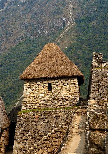Machu Picchu, Peru - images of an Amazing Machu Picchu Trip and Peru Adventures! #bestmachupicchuguides #incaruins #bucketlist