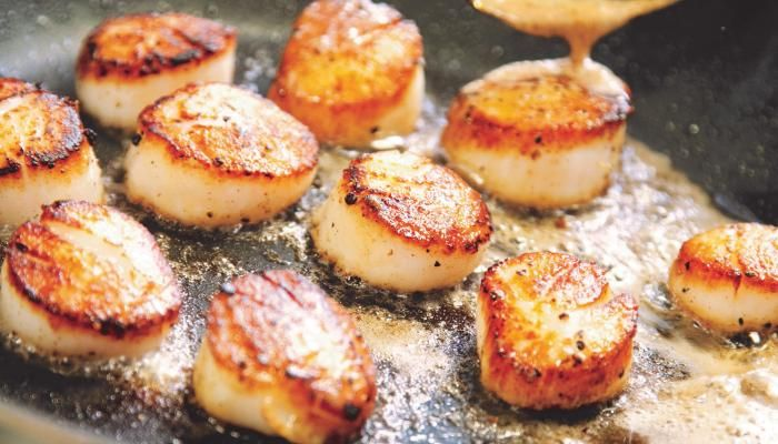 """We recommend buying """"dry"""" scallops, which don't have chemical additives and taste better than """"wet."""""""