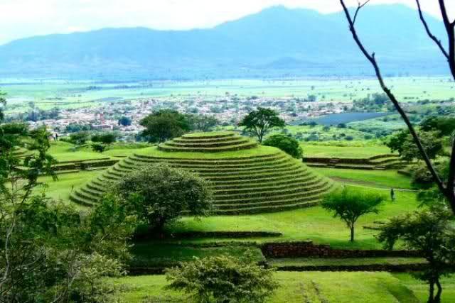 Pirámide de Cuicuilco al sur de la Cd. de México