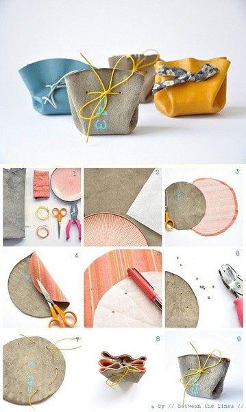 bolsa atada circulo de tela o  piel ++ Fabric o leather mini bag from a circle 简单易做的和风小零钱包