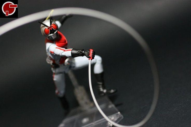 Firestarter's Blog: Toy Review: S.H. Figuarts Kamen Rider X
