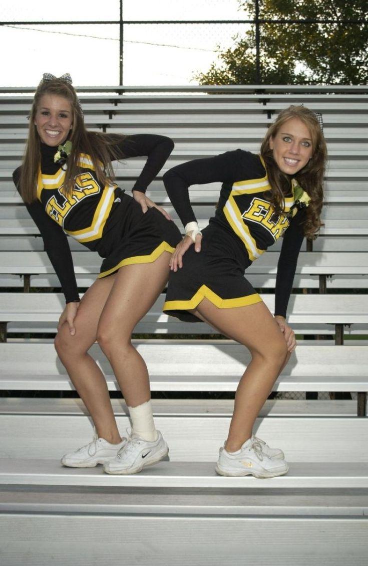 Sexy highschool cheerleaders