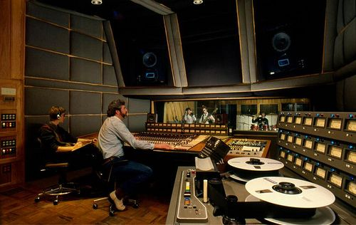 17 best images about vintage or retro recording studios on pinterest studios dj gear and home - Vintage lyon lounge ...