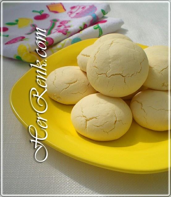 NİŞASTALI KURABİYE  Resimli denenmiş kurabiye tarifleri  Hepimizin cuması mübarek olsun.