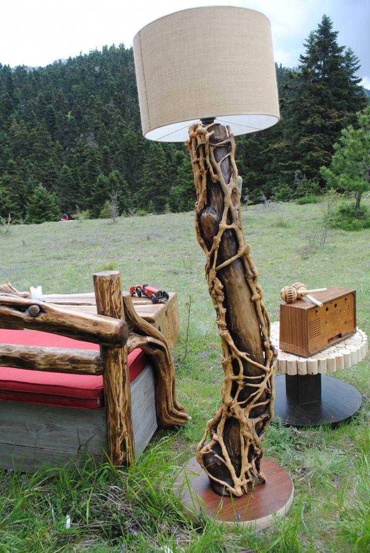 Ξύλινο Φωτιστικό δαπέδου «Κισσός» | Wood it | Ξύλινες κατασκευές υψηλής αισθητικής