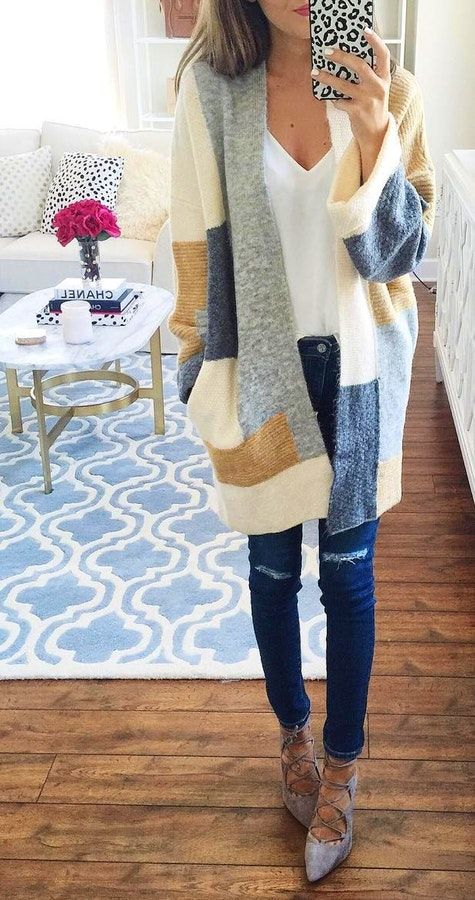 #fall #fashion ·  Cozy Printed Cardigan // Ripped Jeans // Pumps