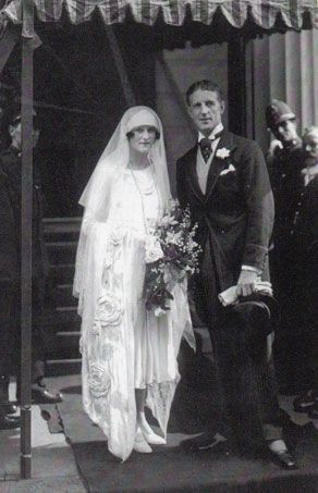 "Mary Victoria Leiter's daughter Lady Alexandra Curzon and Edward ""Fruity"" Metcalfe on their wedding day in 1925. He would later serve as best man in the wedding of the Duke & Duchess of Windsor."