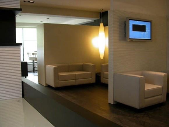 Proyecto Áreas Lounge, revestimiento acústico de paredes y techos modelo Topakustik de Fantoni. Diseño para oficinas, restauración, hoteles y contract. (Espacio Aretha agente exclusivo para España)