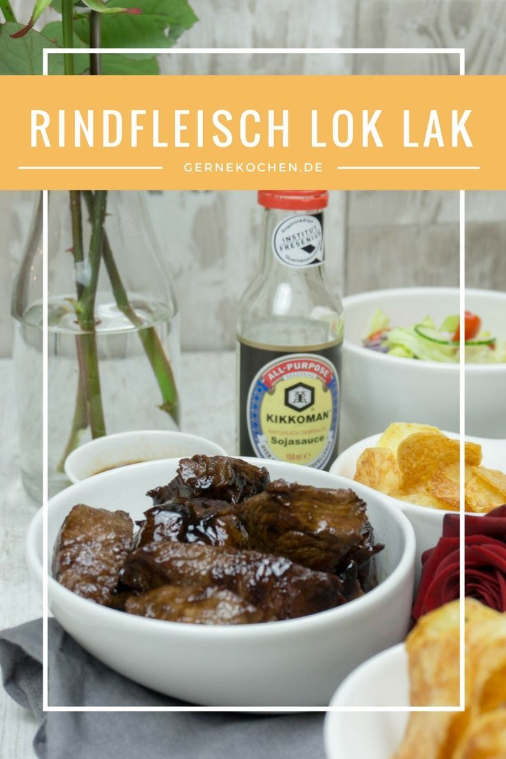Rindfleisch mit einer Pfeffersauce. Dazu knusprige, selbstgemachte Chips oder Reis und gute Sojasauce.