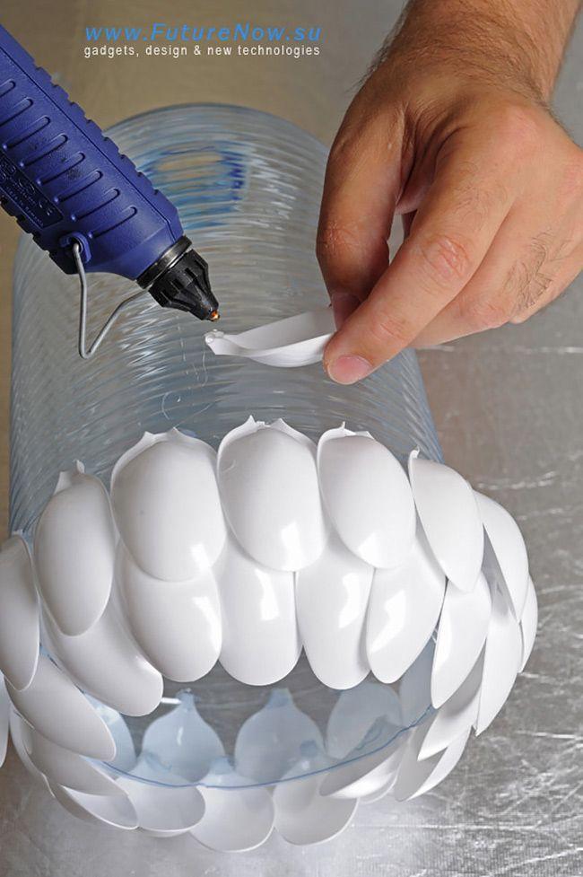 How to Make Plastic Spoon Lamp - DIY & Crafts - Handimania