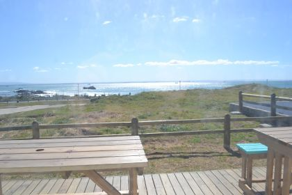 Explore Summerstrand. Summerstrand Travel Tips.  Where to Stay. Summerstrand is an upmarket suburb of Port Elizabeth situated along the beachfront and home to the Boardwalk Casino and Entertainment World.