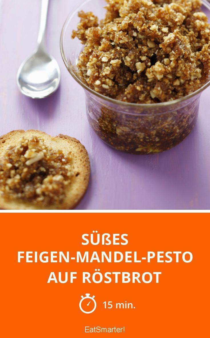 Süßes Feigen-Mandel-Pesto auf Röstbrot(Paleo Breakfast Chia)