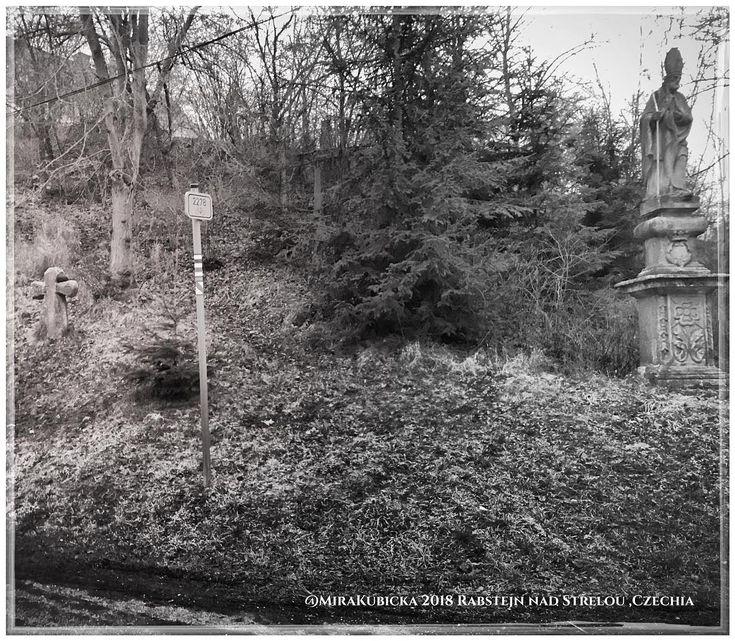 #rabstejnnadstrelou #heritage #history #historie #sculpture #statue #cesko #czechia #dennivylet #vylet #cestovani #travel #trip #turistika #explore #landscape #zima #winter #2017