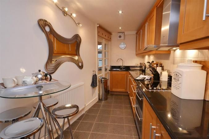 The modern, well equipped kitchen at Farmers in Slapton