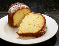 Luscious Lemon Sour Cream Cake: Lemon Bundt Cake