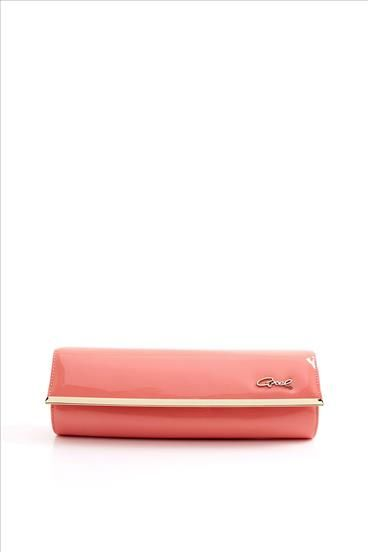Axel accessories: coral clutch