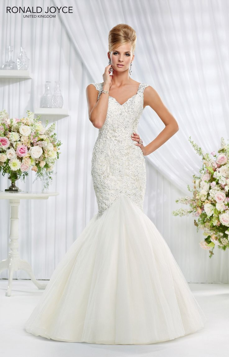 69010 'ESTEE' Ronald Joyce #weddingdress #lace #satin #tulle #fishtail #plungeback