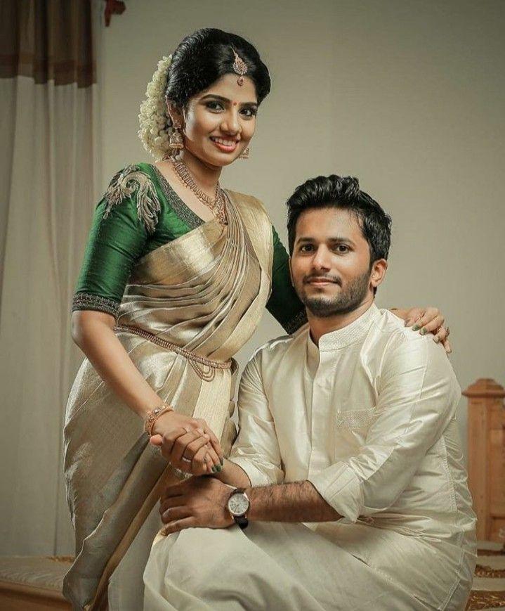 Kerala Wedding Bridal Images: Couple Wedding Dress, Kerala