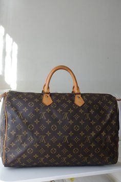 Louis Vuitton Speedy 40 Bag - Satchel.