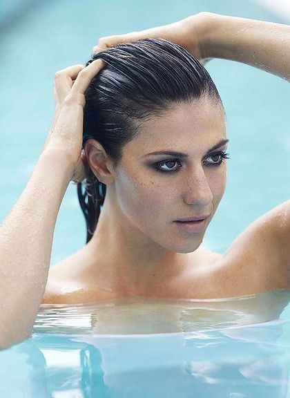 Stephanie Rice (1988)  Australian Olympic swimmer, won 3 gold metals during the Summer Beijing Olympics.   (*source unknown)
